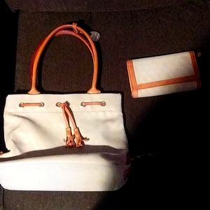 Dooney & Bourke purse and wallet